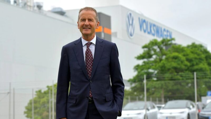 Volkswagen hands CEO Diess contract extension ahead of strategy presentation